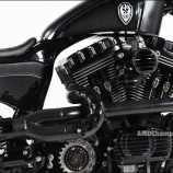 Na categoria Modified Harley-Davidson Championship venceu a customizadora dee Tawain Rough Crafts com Stealth Bullet