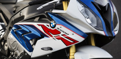 P90234040_highRes_bmw-s-1000-rr-10-201